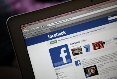 Bloqueando o facebook no trabalho